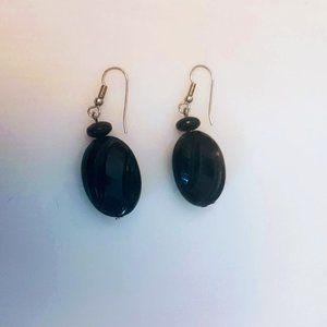 #J22 Black Oval Shaped Earrings